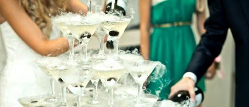 Pros-and-Cons-of-having-an-open-Bar-at-the-wedding-reception