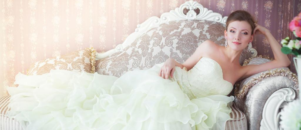 rent wedding dress reasons