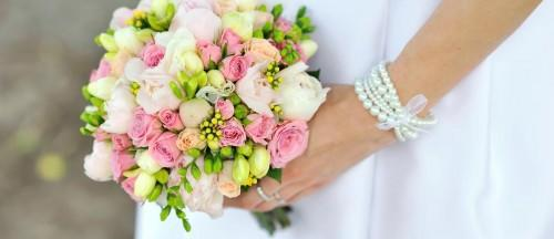 Choosing-Wedding-Florists-A-Guide