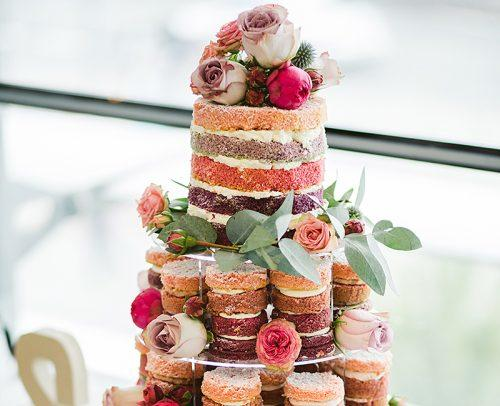 modern wedding modern cake bisquits