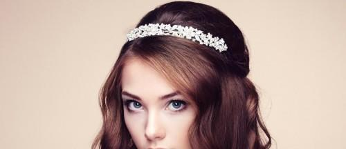 Bridal Accessories Guide: Veil, Tiara Or Diadem