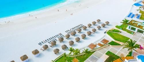 Top-Honeymoon-Destinations-Cancun-Mexico
