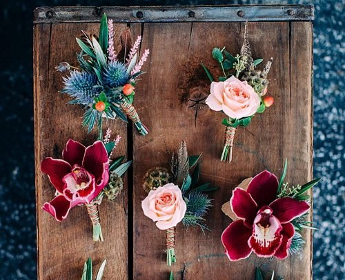 personalize wedding boutonnieres rustic
