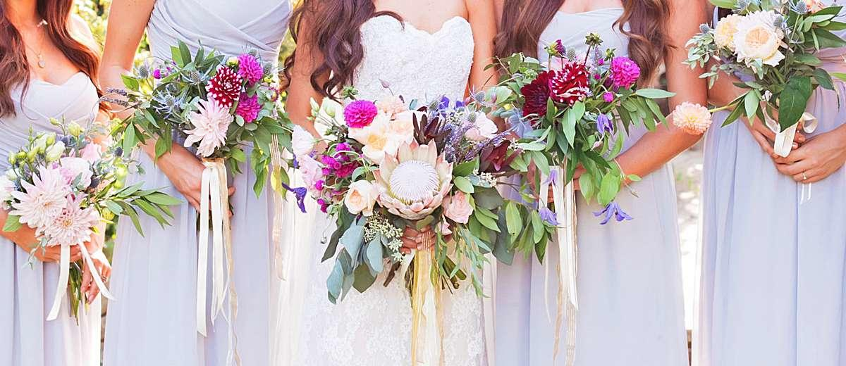 wedding party bouquets 48 bohemian wedding bouquets that are totally chic 9841