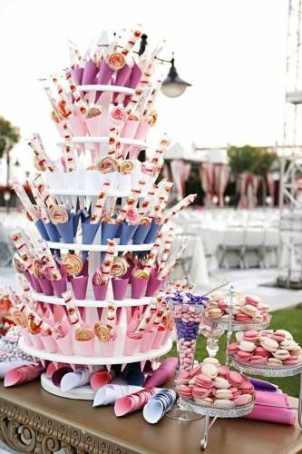 24 vintage to modern wedding dessert table ideas kristen weaver photography