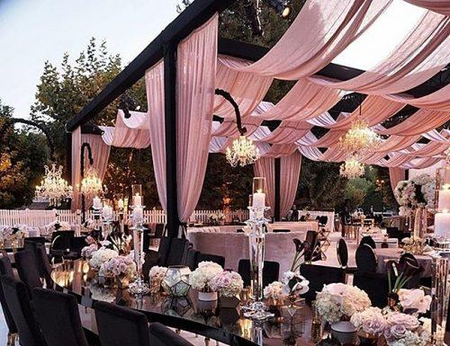 how to plan an outdoor wedding bakyard ceremony
