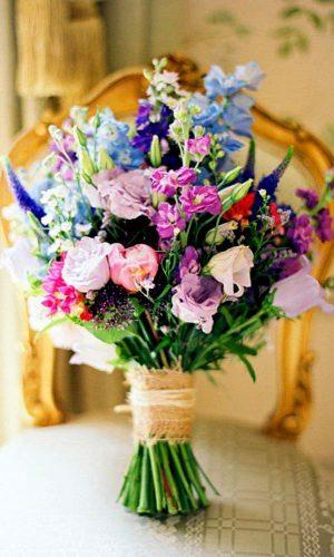 gorgeous summer wedding bouquets 3