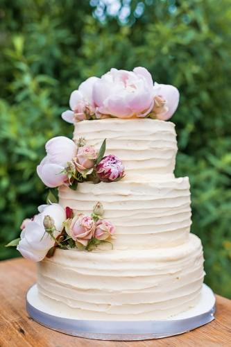 buttercream wedding cake 1