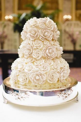 buttercream wedding cake 6