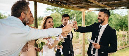 wedding speeches guests happy toasts dinner featured