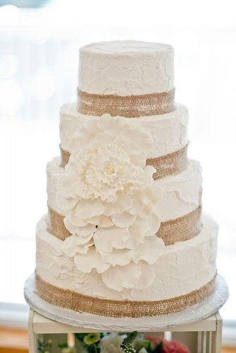 rustic wedding cakes buttercream with burlap andi diamond photography