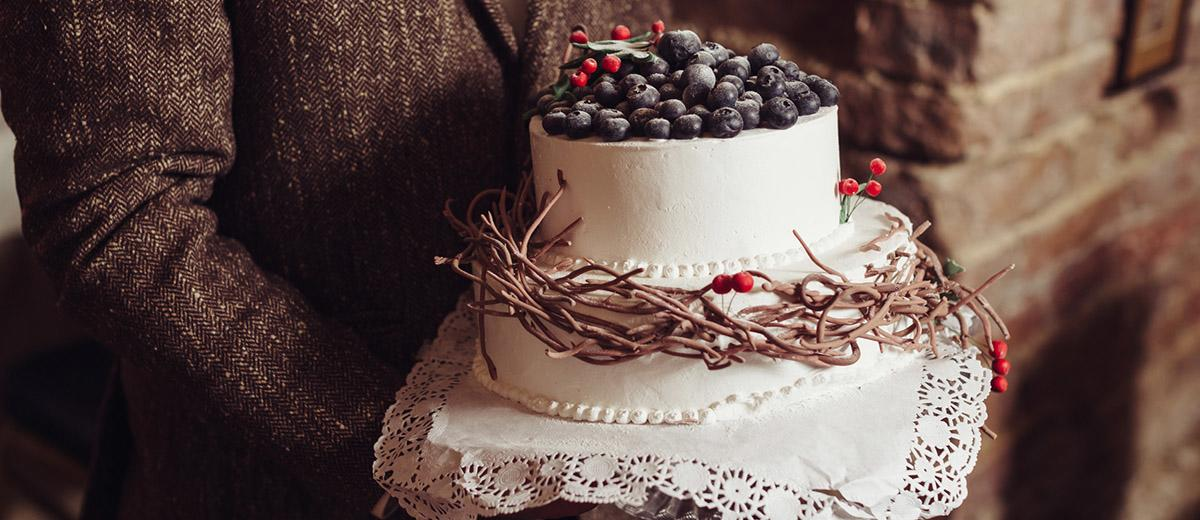 rustic wedding cakes featured
