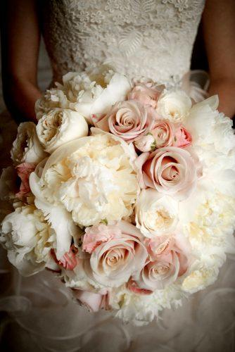 wedding bouquet ideas peonies inspiration