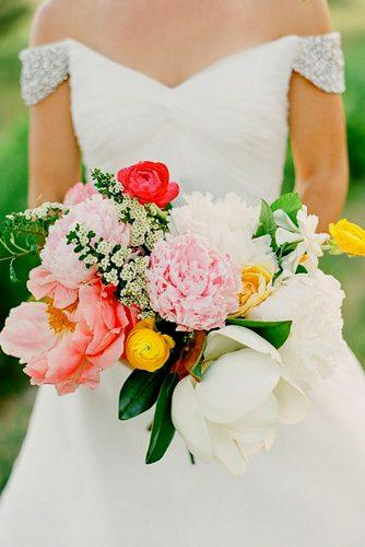 wedding bouquets ideas with peonies