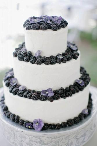 18 beautiful buttercream wedding cakes 10