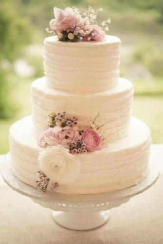 18 beautiful buttercream wedding cakes 4