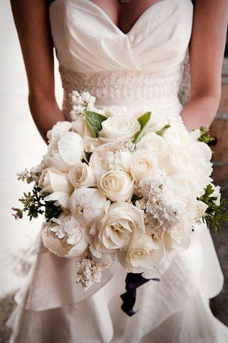 all white impressive wedding bouquets