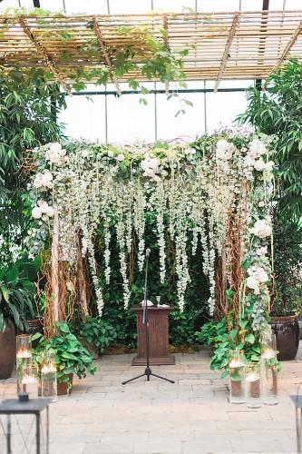 21 beautiful wedding arch ideas with flowers 18