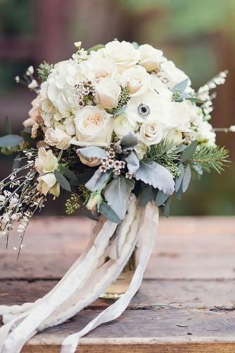 stunning wedding bouquets 24