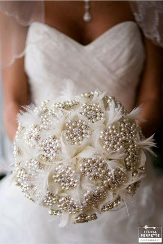 brooch wedding pearl bouquets