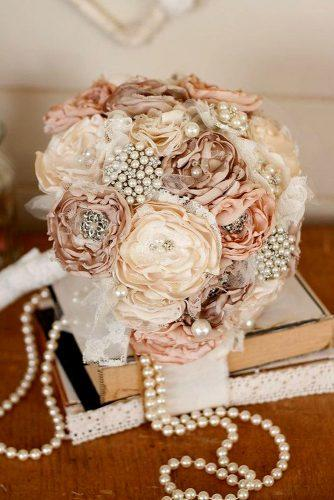 brooch wedding perls bouquets 4