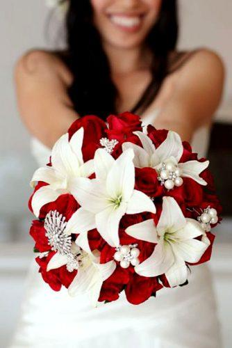 brooch wedding red bouquets 1n