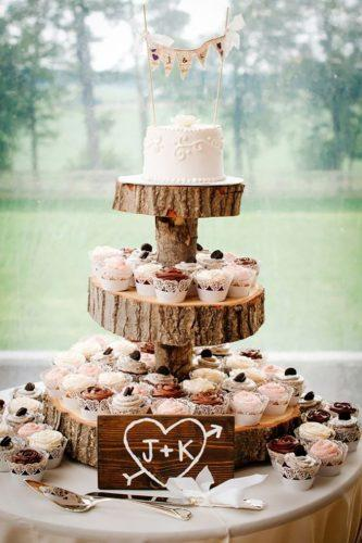 rustic chocolate wedding cupcakes rachel smith photography