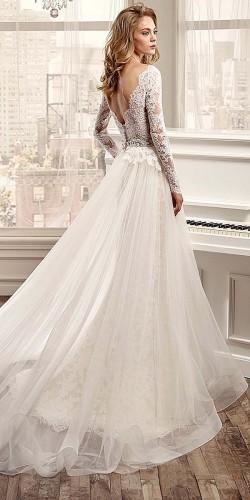 Neckline Long Sleeved Wedding Dresses 3