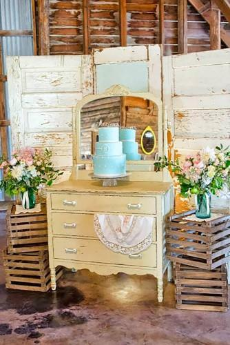 old door wedding decoration ideas carolina rosa