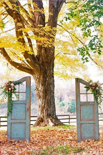 old door wedding decoration ideas jodi miller photography