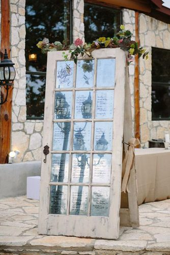 old door wedding decoration white door with glass is decorated with flowers carolien and ben wedding photography