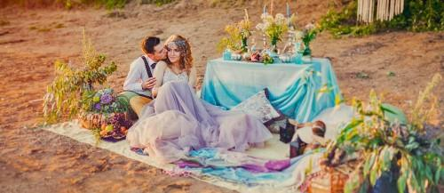 rustic wedding picnic featured