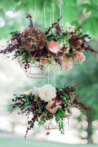 wedding decor trends suspended geometric décor with flowers blush and mint photography