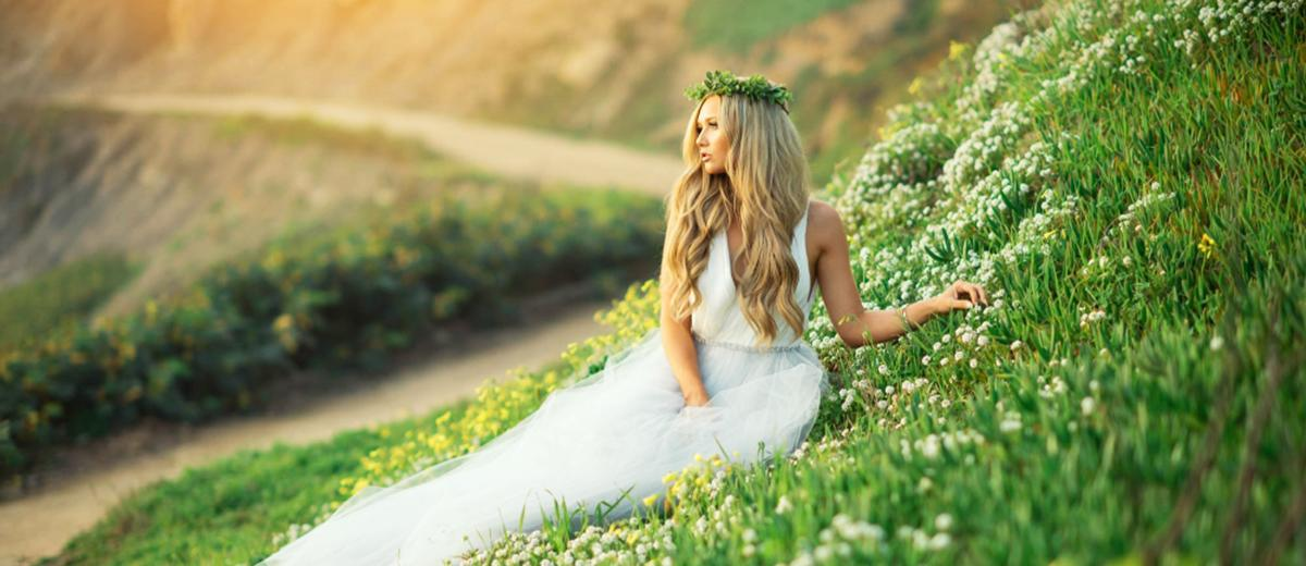 21 Gorgeous Spring Wedding Dresses