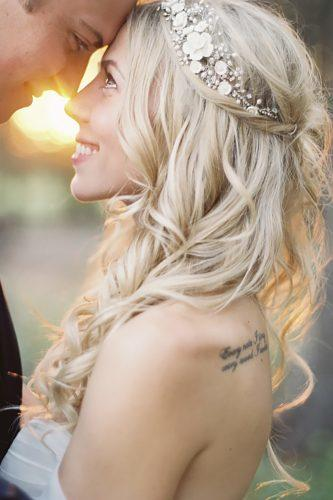 wedding flower crowns blonde medium curls with flower headband jeremiahandrachel