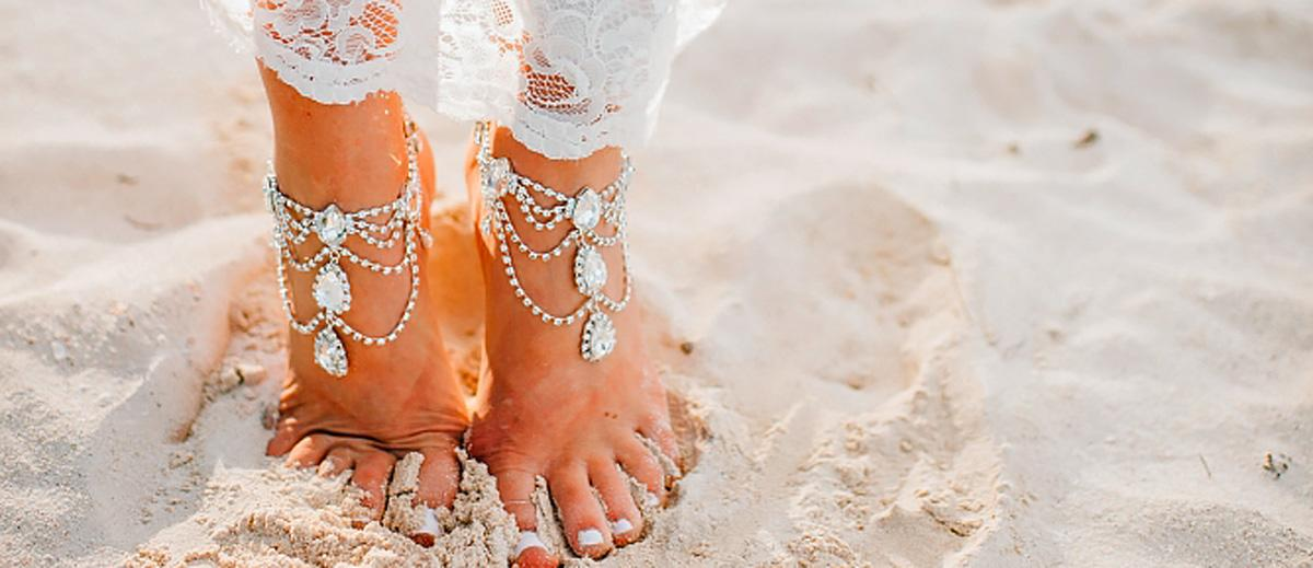 18 Beach Wedding Shoes That Inspire