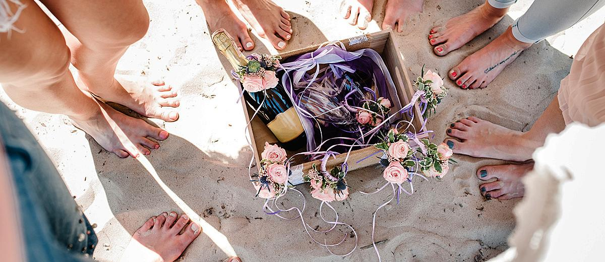 bridesmaid proposal ideas champagne fun featured
