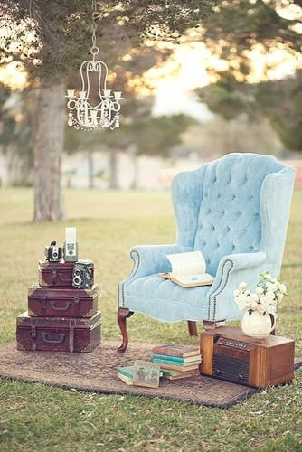 chic vintage style wedding decor 2