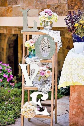 chic and shabby vintage wedding decor ideas 11