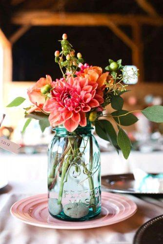 fall wedding dahlias bouquets 2