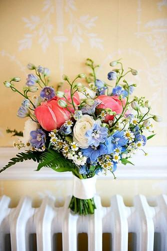spring little bridal bouquets 3