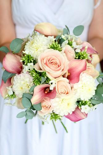 summer little wedding bouquets 5