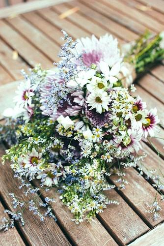summer little wedding bouquets 6