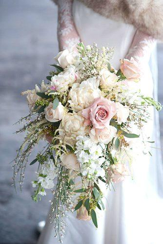 gorgeous winter little wedding bouquets 3