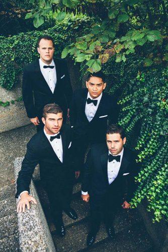 groomsmen photos 3