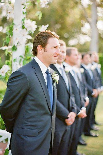 groomsmen wedding photos 7