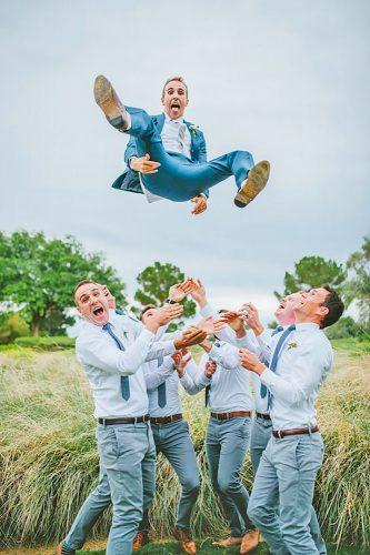 groomsmen wedding photos 18