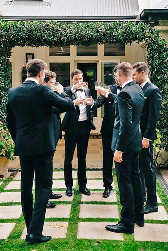 groomsmen wedding photos 22