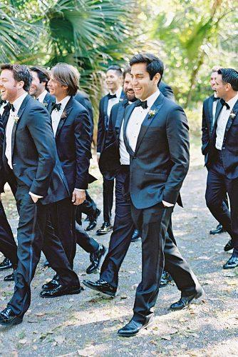 groomsmen wedding photos 12