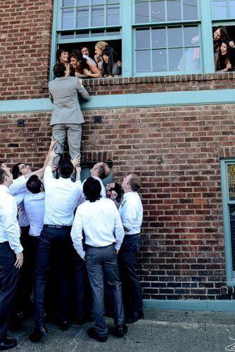 groomsmen funny photos 1